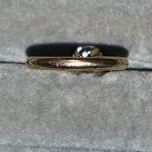 Jewelry - 14k white gold ring